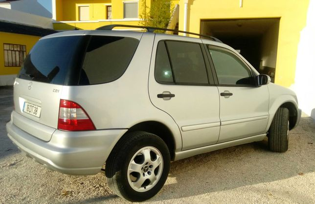 Mercedes ml 270 - 7 lugares- caixa manual -  troca por pick up 4x4