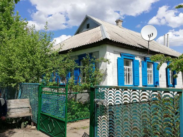 Продам дом в п.г.т Просяная, Днепропетровской области.