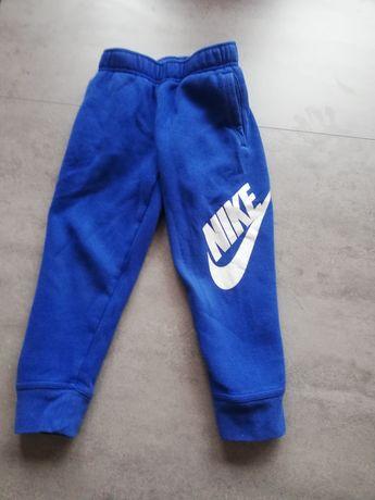 Spodnie Nike 104cm - 110cm