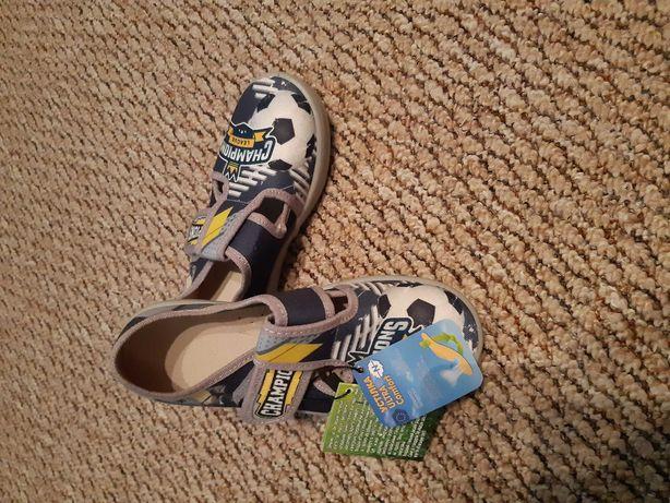 детская обувь из натур ткани