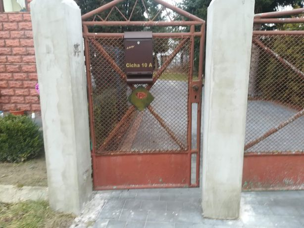 Brama wjazdowa z furtką