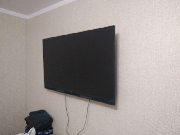 Телевизор Samsung 49K5100 плюс приставка mag 250