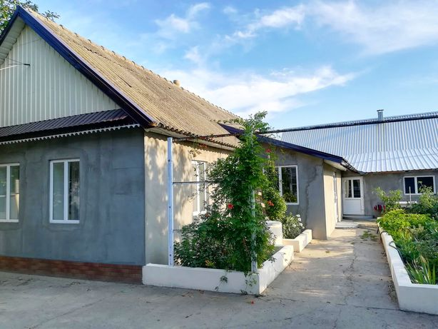 Продается Дом со всеми удобствами! Два дома в одном дворе