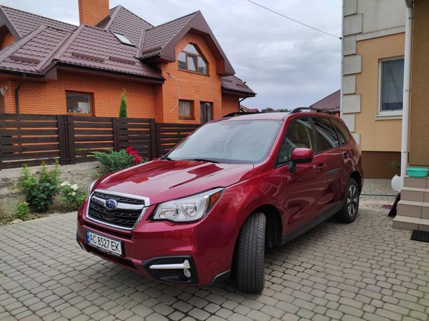 Продам Subaru Forester 2018