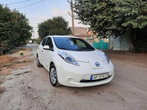 Nissan Leaf 2013 Лиф