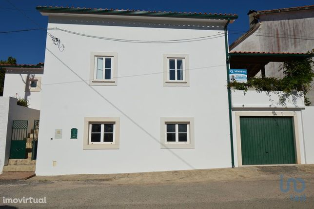 Moradia - 209 m² - T3
