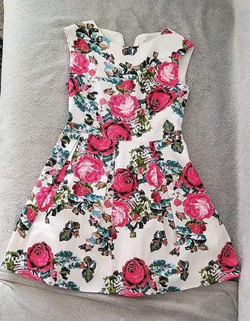 Sukienka dziewczęca 128/134
