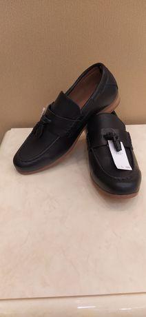 Новые туфли Next 33 р. на мальчика