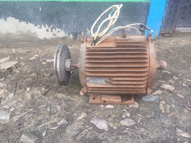 Двигатель асинхронный 4А112М4УЗ 5.5кВт