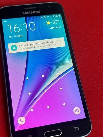 Smartfon Samsung J3