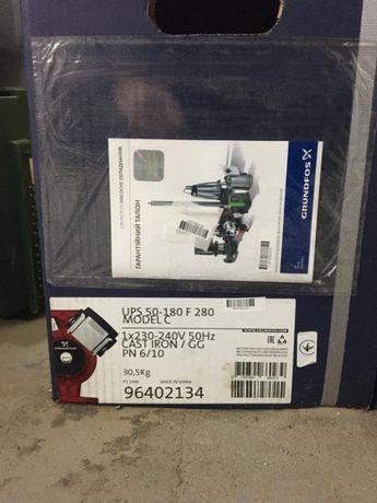 Grundfos UPS 50-180 F 1x230 циркуляційний насос 96402134