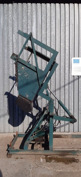 Wywrotnica do skrzyniopalet Skierniewicka fabryka maszyn Zakroczym - image 1