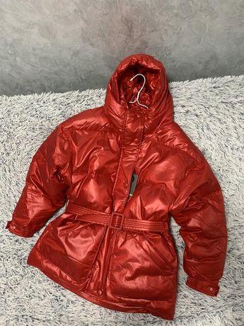 Куртка пуховик оверсайз в стиле Ienki Ienki красная