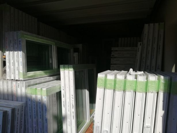 Okno PCV od ręki. Duży skład. 500*500