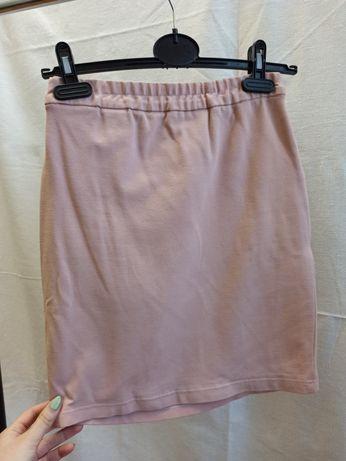 розовая трикотажная юбка