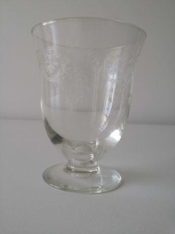 Copo tipo cálice cristal antiguidade vintage