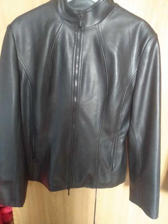 Куртка кож.зам в хорошем состоянии 48р.