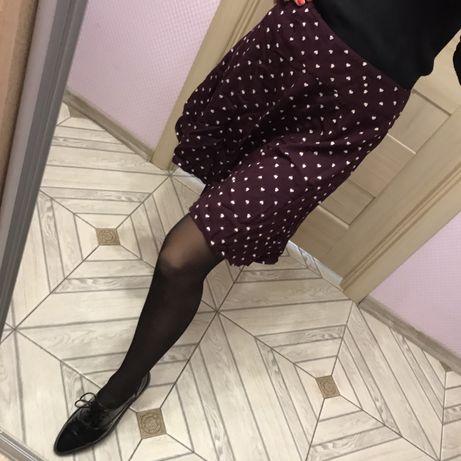 Бордовая юбка в сердце трапеция