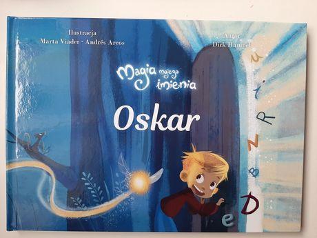 Książka personalizowana Magia mojego imia OSKAR, od Mikołaja