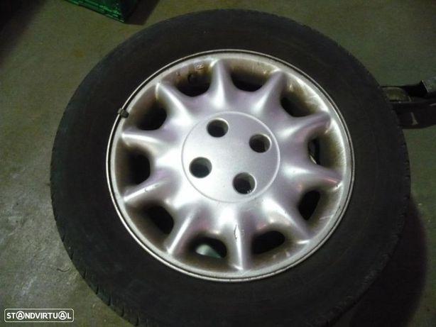 Jantes aluminio c/ pneus - PSA ( Xantia ) 205/60R15