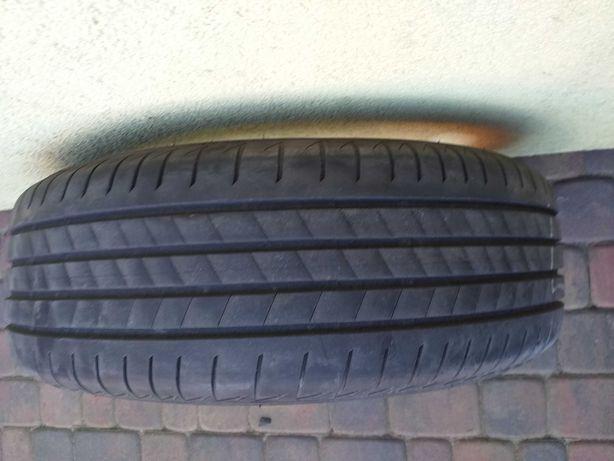 Opony  Bridgestone  Turanza T005  komplet 4szt  2020r. Przebieg 9 tys.