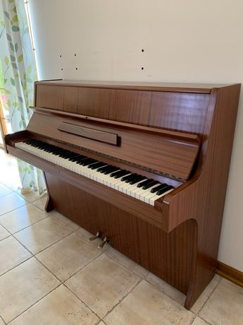 Piękne Pianino Nylund Son Uppsala