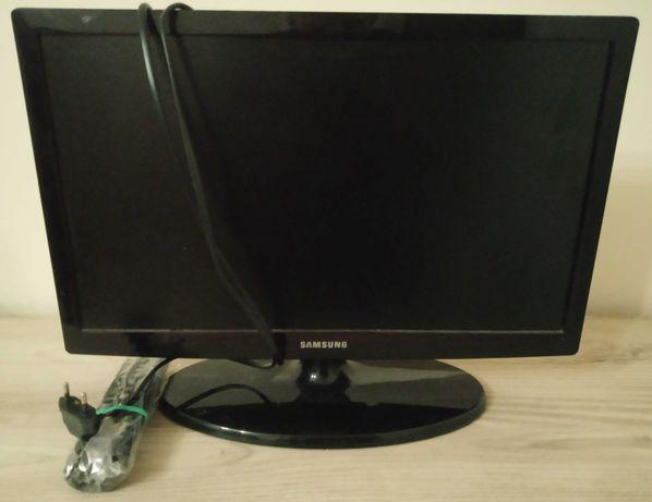 Telewizor Samsung 19 calowy UE19ES4000 - uszkodzony