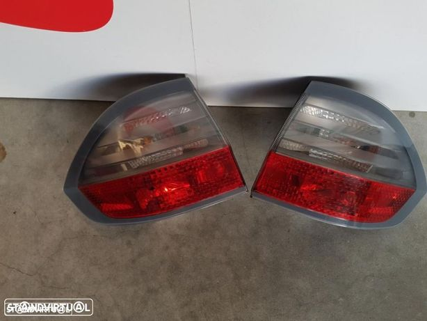 Farolins traseiros Ford S-Max 2008