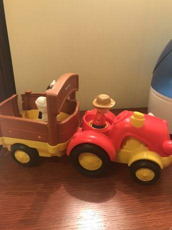 Музыкальный трактор с прицепом Little People