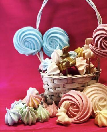 Пасхальний декор, декор на паску,писанки,шоколадні вироби, меренга