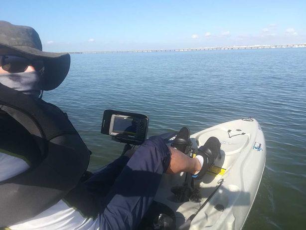 Kayak hobie Outback e sonda Lowrence 7 + material para pescar