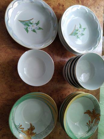 Посуд Набори тарілок