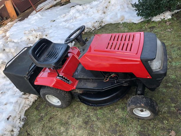 Traktorek kosarka MTD traktor ciągnik