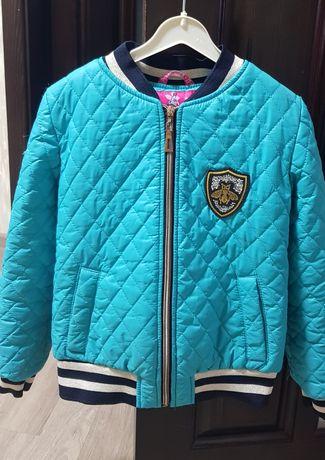 Куртка  стеганная демисезонная 128см на девочку