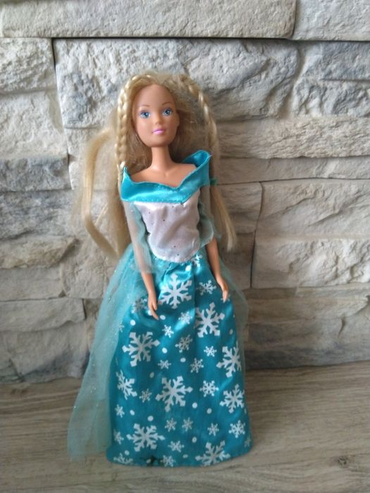 Lalka barbie w zimowej sukni Krzyżanowice - image 1
