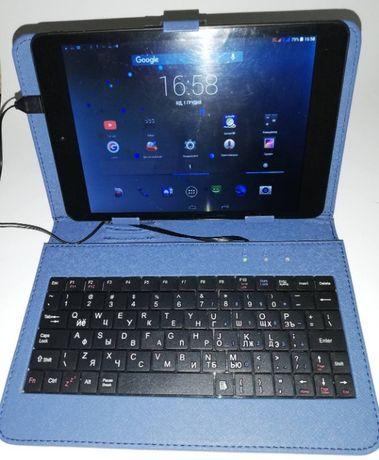 """Планшетный компьютер: 7,85"""" на Android c 2 SIM (3G) + чехол-клавиатура"""