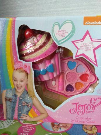 Набор детской косметики в удобном футляре в формекекса JoJo Siwa Cup