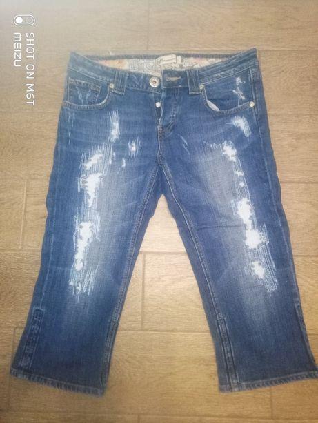 Женские джинсовые бриджи (капри)