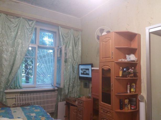 Гостинка ,свой санузел ,душ и кухня , рядом метро T S4