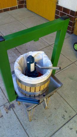Mała prasa do wyciskania soku z owoców i warzyw (kosz drewno)