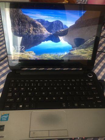 Computador portatil Toshiba
