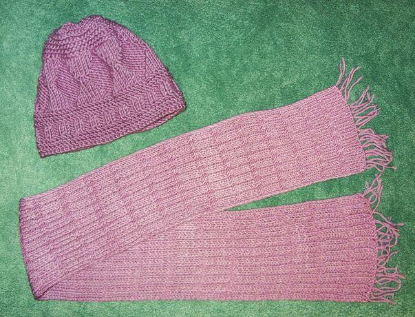 Новая женская шапка с шарфом.