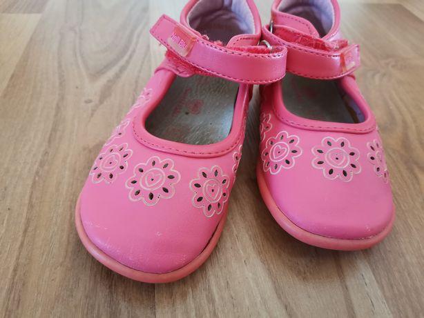Buty dziecięce 24
