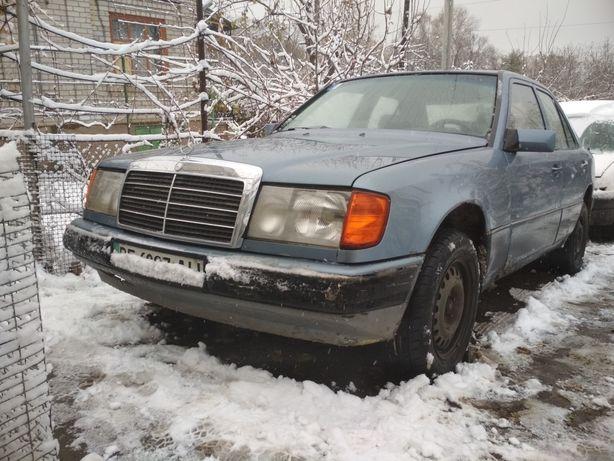 Продам 124 Mercedes