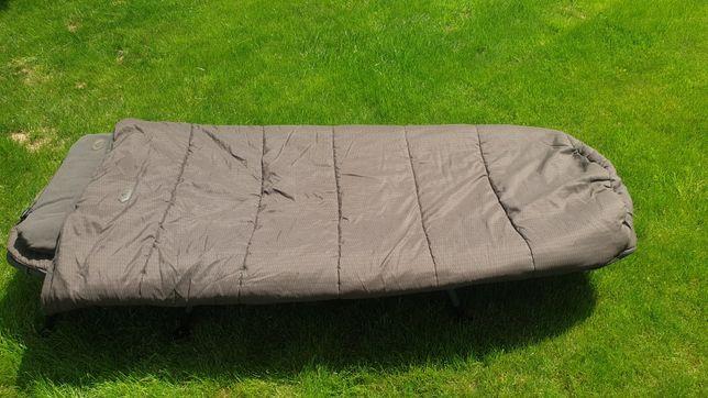 Łóżko karpiowe Nash KNX + poduszka