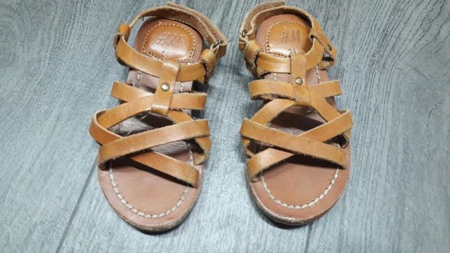 Sandały H&M, beżowe, skórzane paski.