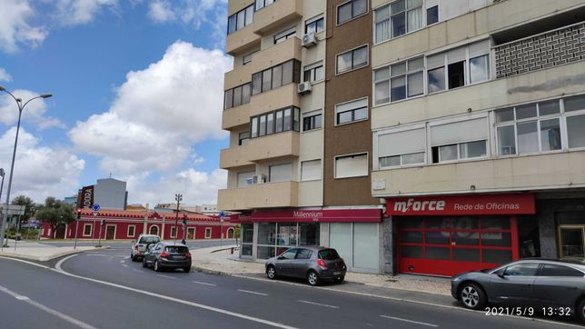 Apartamento T2 na Estrada de Benfica