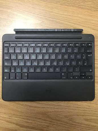 Аксессуар для iPad Logitech Slim combo keyboard