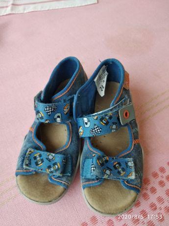 Pantofle sandałki Befado r.24