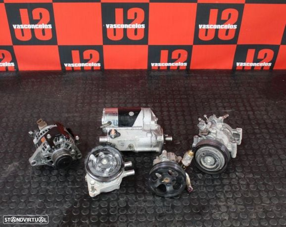 Periféricos Toyota Hilux VIII 2.4D 15-19